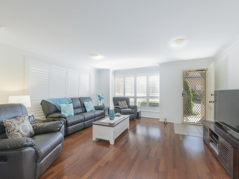 8/5a Boldon Close Charlestown, NSW 2290