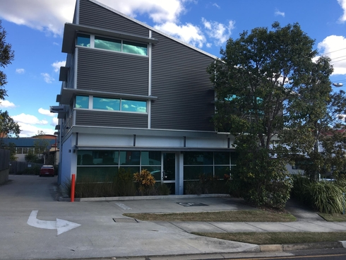 8 Gordon st Ipswich, QLD 4305