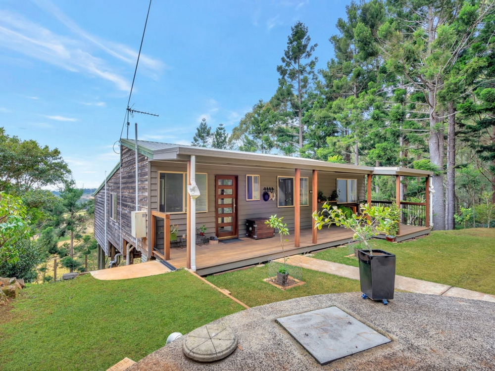 63 Lyrebird Ridge Road Springbrook, QLD 4213