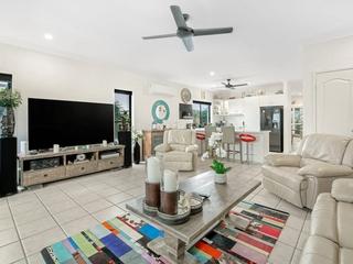 2/281 Bayview Street Hollywell , QLD, 4216