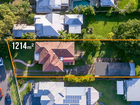 77 Broughton Road Kedron, QLD 4031