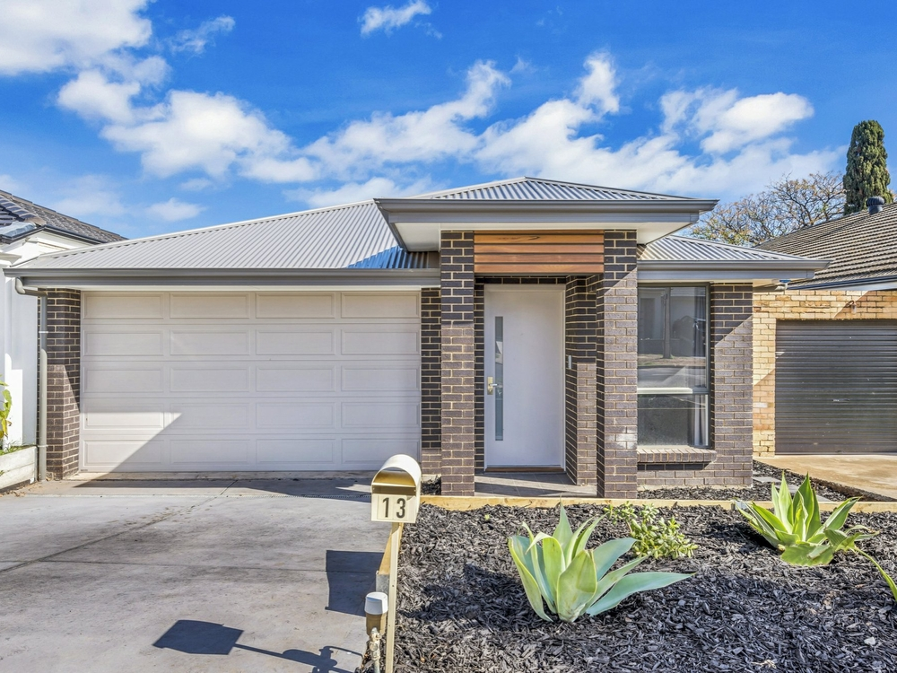 13 Montrose Avenue Clearview, SA 5085