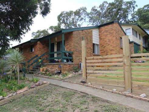 21 Tirabeenba Drive Bolton Point, NSW 2283