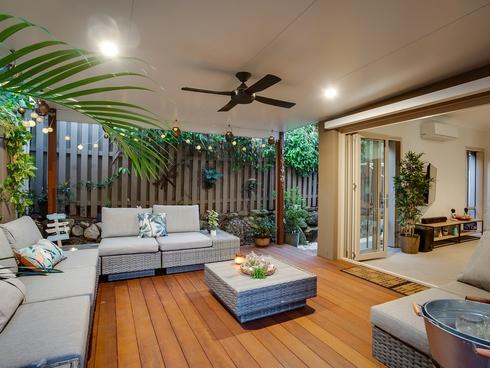 1/3 Winton Terrace Varsity Lakes, QLD 4227