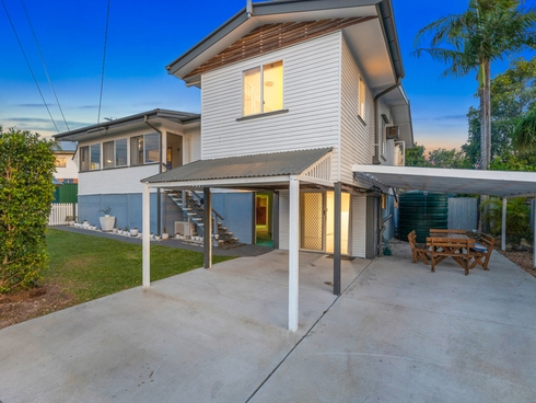 48 Curve Avenue Wynnum, QLD 4178