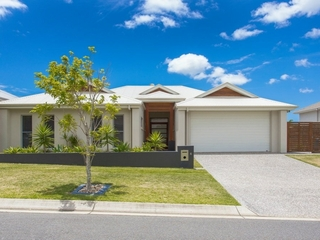 6 Mickelson Street North Lakes , QLD, 4509