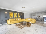 1/5 Rivage Place Highland Park, QLD 4211