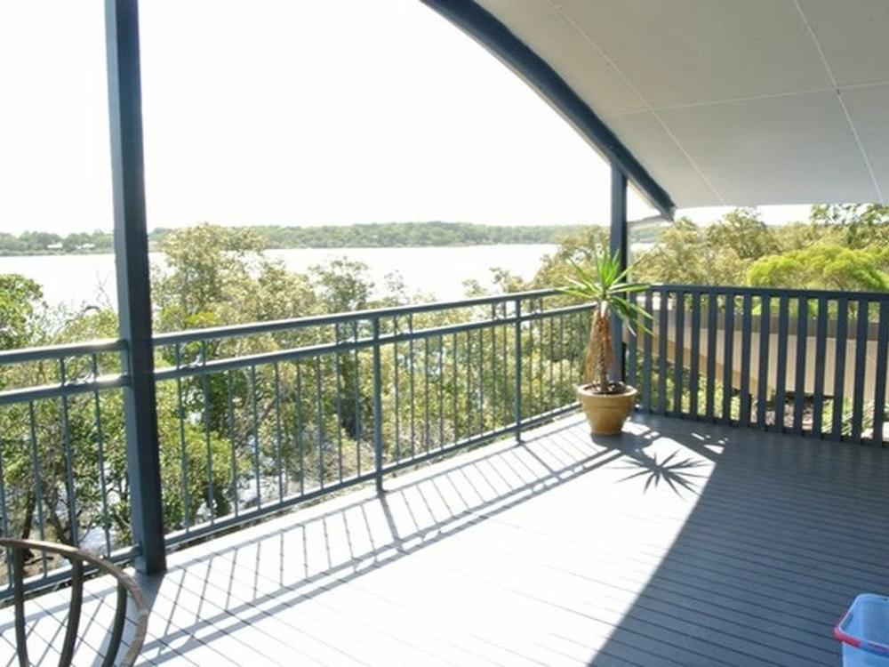 20 Calm Waters Crescent Macleay Island, QLD 4184