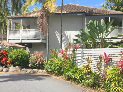 21 Reef Resort/121 Port Douglas Road Port Douglas, QLD 4877