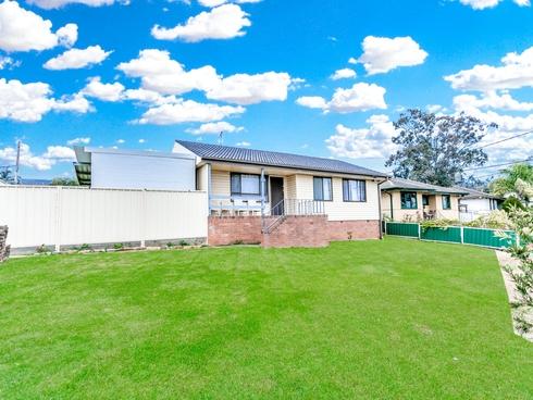 17 Neriba Crescent Whalan, NSW 2770