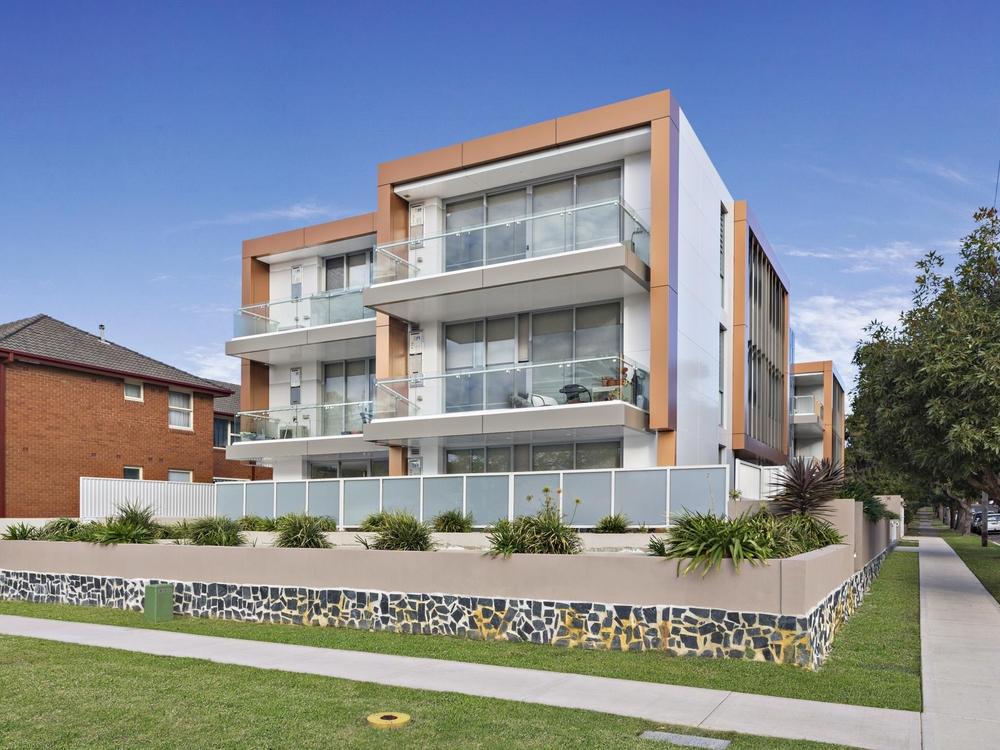 204/13A Third Avenue Campsie, NSW 2194