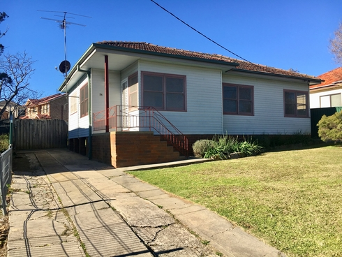 34 Hoddle Ave Campbelltown, NSW 2560
