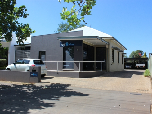 108 Herries Street East Toowoomba, QLD 4350