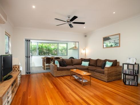 1/52 Tweed Street Coolangatta, QLD 4225