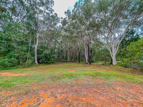 253 Centre Rd Russell Island, QLD 4184
