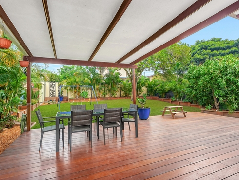 19 Paradise Street Nerang, QLD 4211