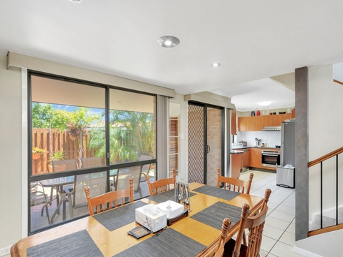 33/141 Pacific Pines Boulevard Pacific Pines, QLD 4211