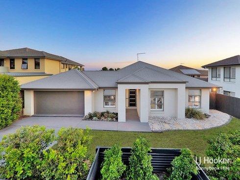 30 Azzure Street Eight Mile Plains, QLD 4113