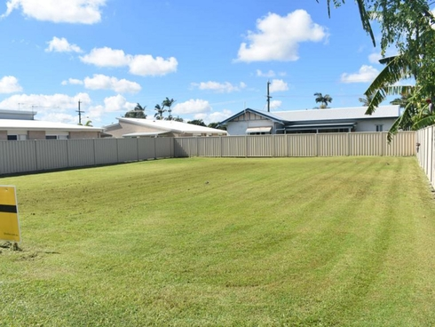 9 Moore Lane Bundaberg West, QLD 4670