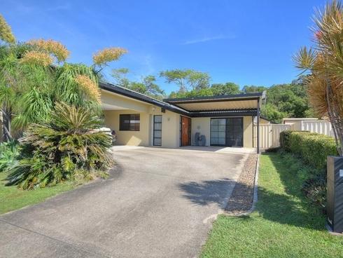 27 Colvillea Court Palm Beach, QLD 4221