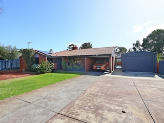 4 Reach Place Huntingdale , WA, 6110
