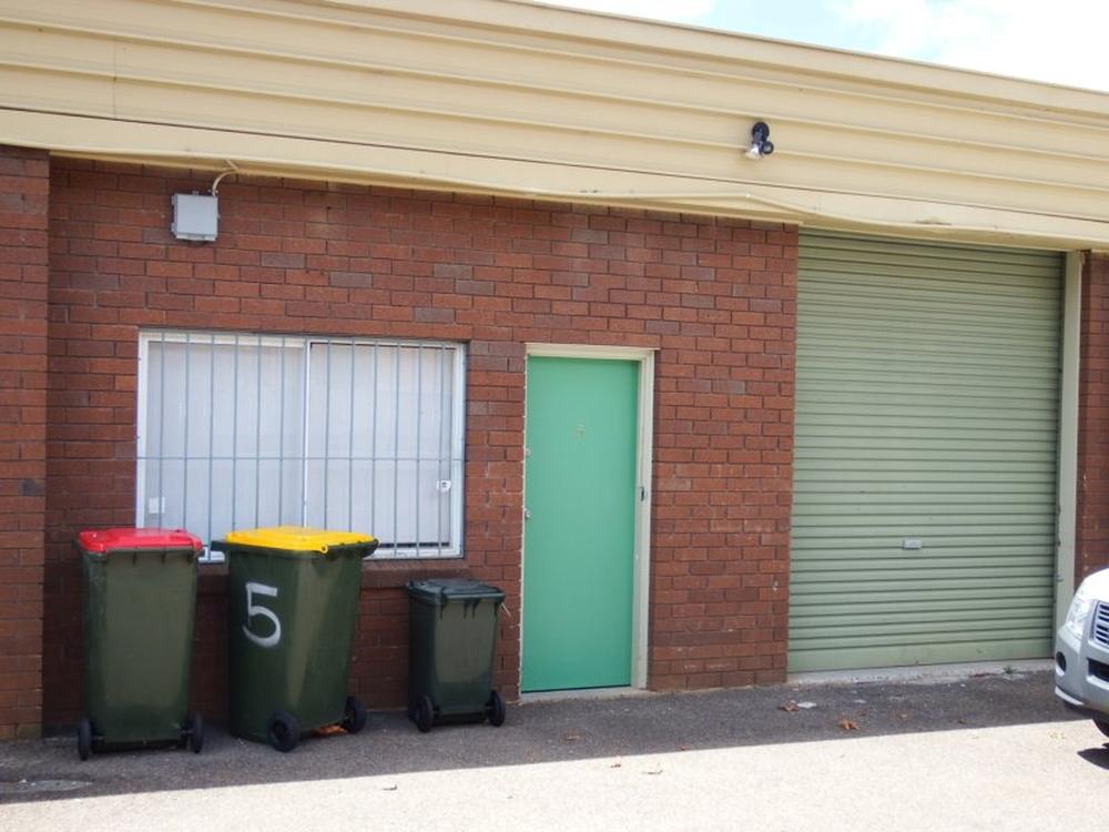 Unit 5/12 Grieve Road West Gosford, NSW 2250