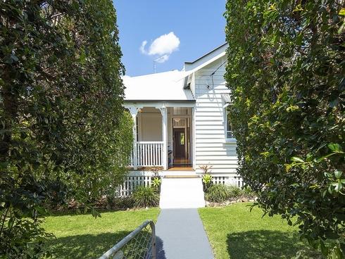 45 Livingstone Street Yeerongpilly, QLD 4105