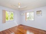 21 Hetherington Street West Gladstone, QLD 4680