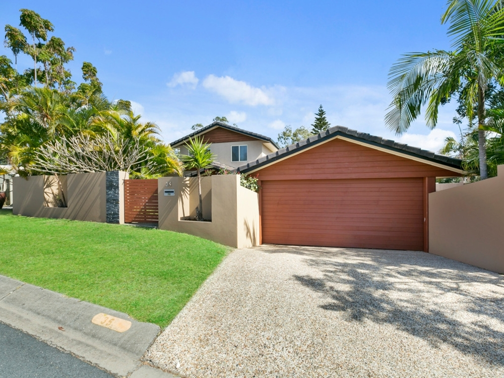 35 Quigan Terrace Highland Park, QLD 4211
