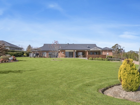 17 Windsor Crescent Moss Vale, NSW 2577