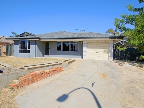 15 Firetail Court Seville Grove, WA 6112