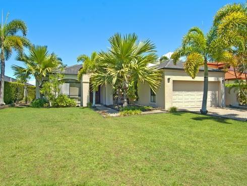 11 Waterside Esplanade Helensvale, QLD 4212