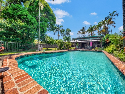 16 Connemara Close Trinity Beach, QLD 4879