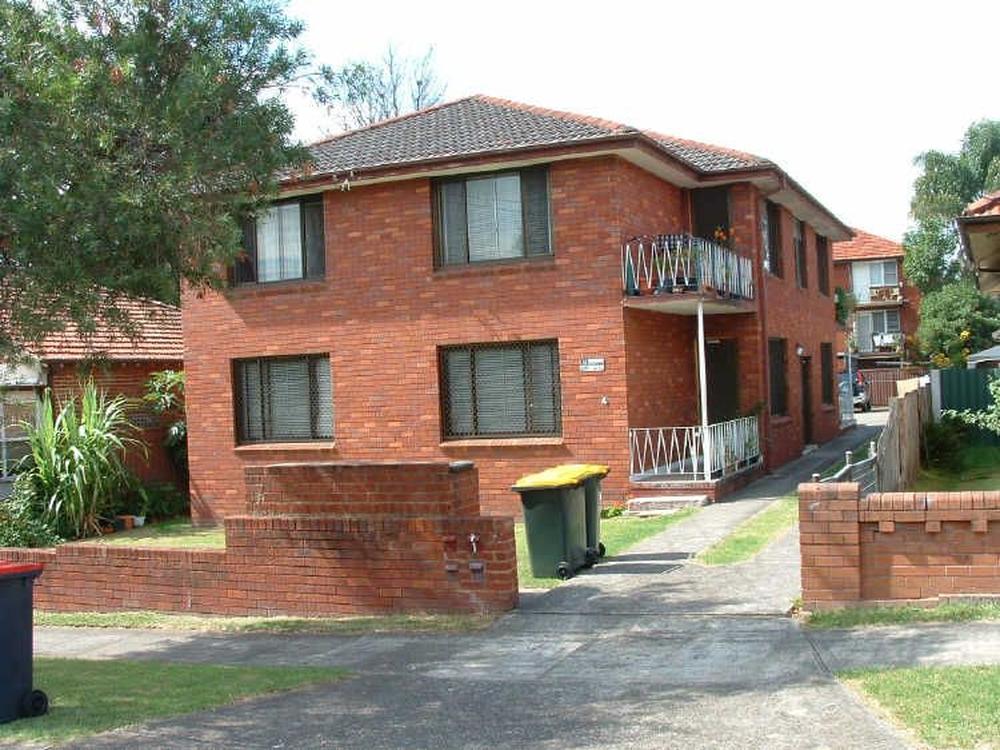 3/4 Cobden Street Belmore, NSW 2192