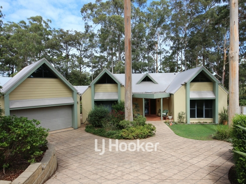 20 Hilltop Parkway Tallwoods Village, NSW 2430