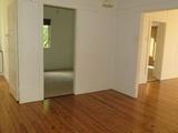 24 South Street Esk, QLD 4312
