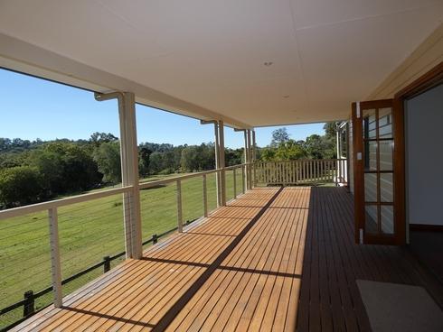 8 Dalgleish Road Ormeau Hills, QLD 4208