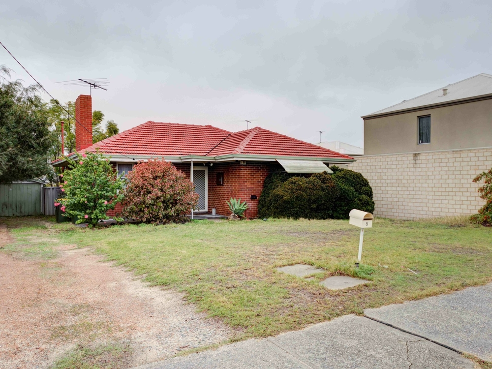 8 Rotherfield Road Westminster, WA 6061