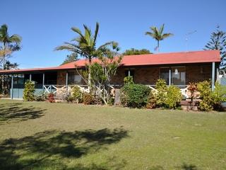 8 Ballanda Crescent Iluka , NSW, 2466