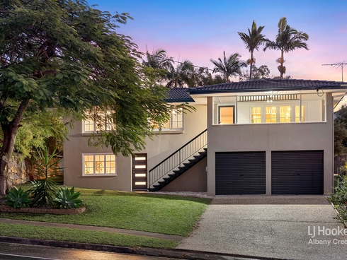 4 Olympus Court Eatons Hill, QLD 4037