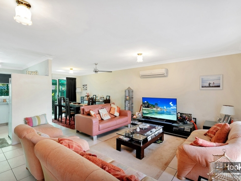 1/176 Oxley Drive Coombabah, QLD 4216