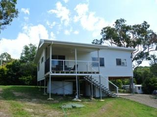 7 Cluan Street Macleay Island , QLD, 4184