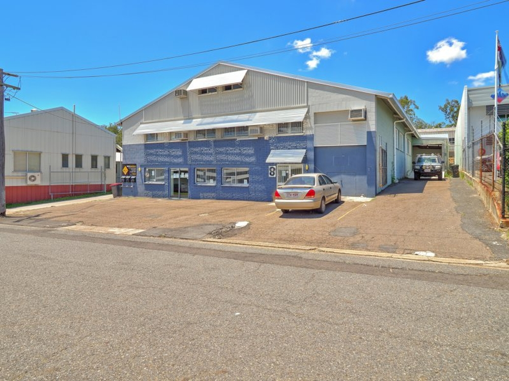1/8 Enterprise Street Salisbury, QLD 4107