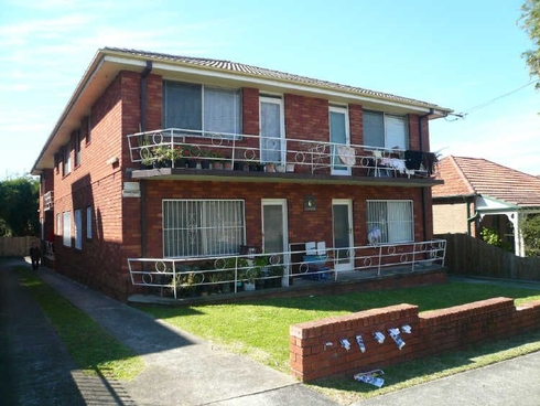 2/6 Park Street Campsie, NSW 2194