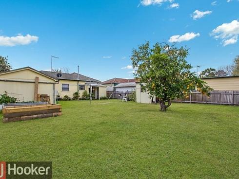 28 Derbyshire Avenue Toongabbie, NSW 2146