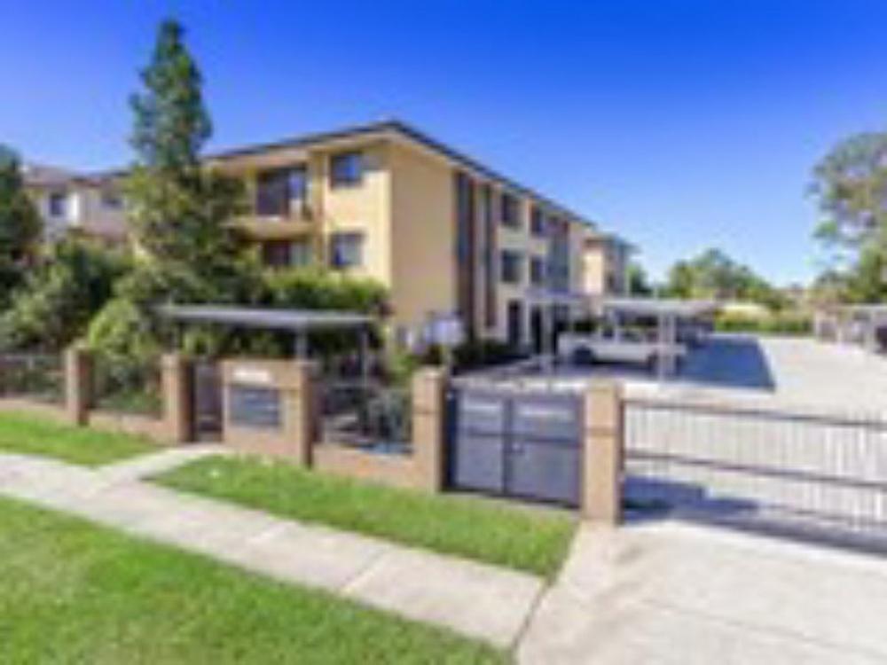 11/3-5 Short Street Caboolture, QLD 4510