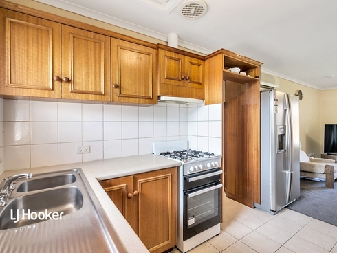 5/9 Cox Terrace Northfield, SA 5085