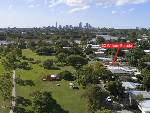 32 William Parade Fairfield, QLD 4103