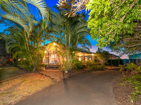 324 Mittelheusers Road Burnett Heads, QLD 4670