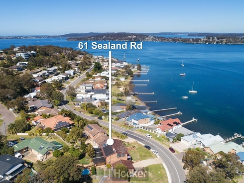61 Sealand Road Fishing Point, NSW 2283